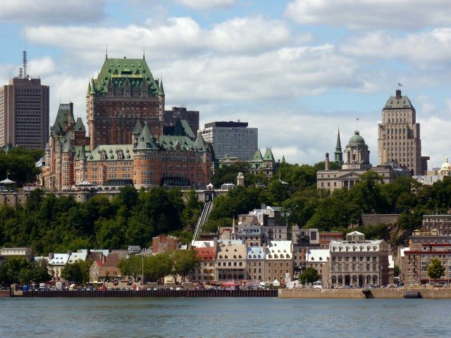 Quebec City, with the Fairmont Chateau Frontenac towering over the landscape. Photo courtesy of Wikipedia / Creative Commons
