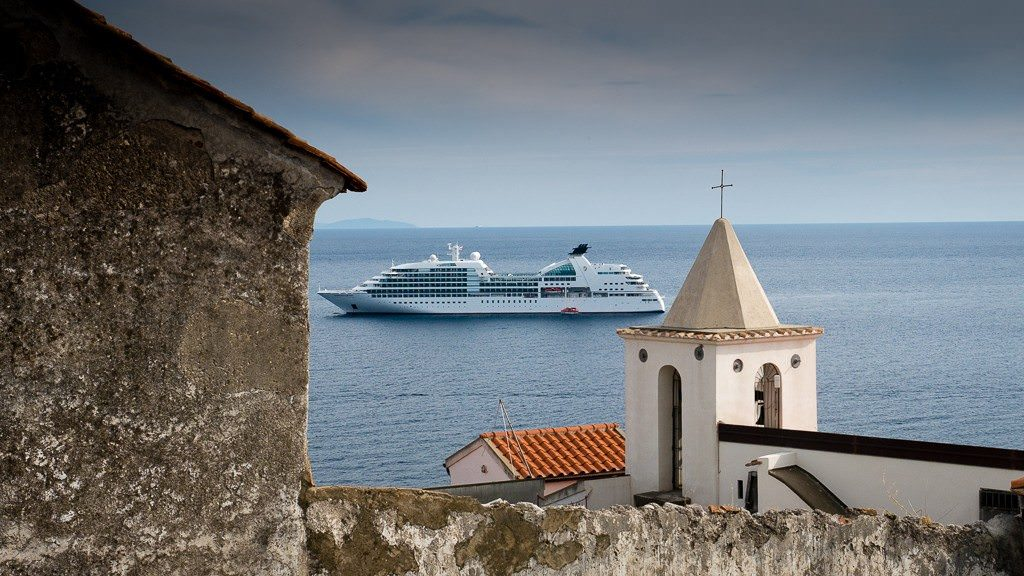 Seabourn Sojourn anchored in Amalfi. © 2015 Ralph Grizzle