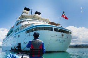 Windstar Offers Overnight and Late Nights in Select Ports