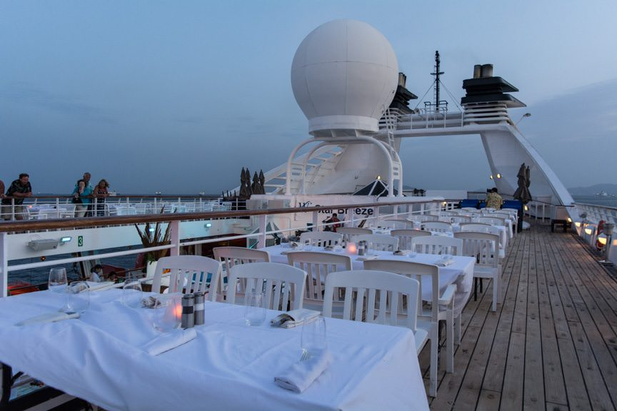 Tonight, the stage was set for Windstar's signature on-deck barbecue, off the coast of Panama City. Photo © 2016 Aaron Saunders