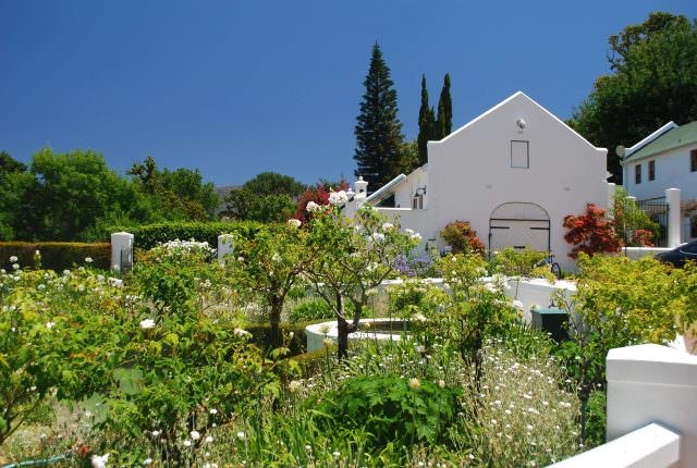 Beautiful dutch colonial buildings in the suburb of Constantia in the shadow of Table Mountain