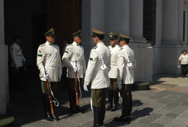 Changing the guard at the Casa de Moneda, the presidential palace